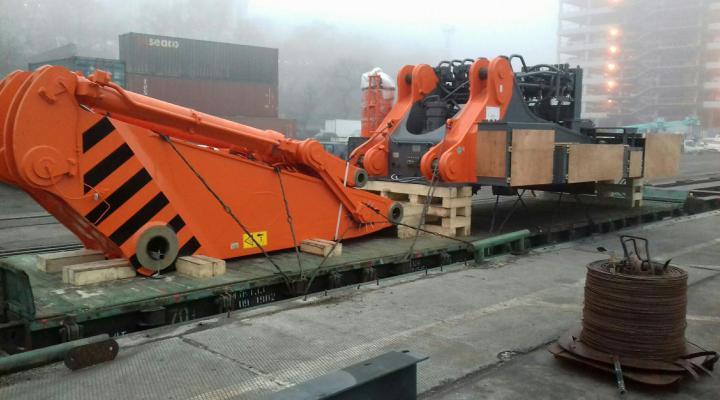 кріплення вантажів на залізниці